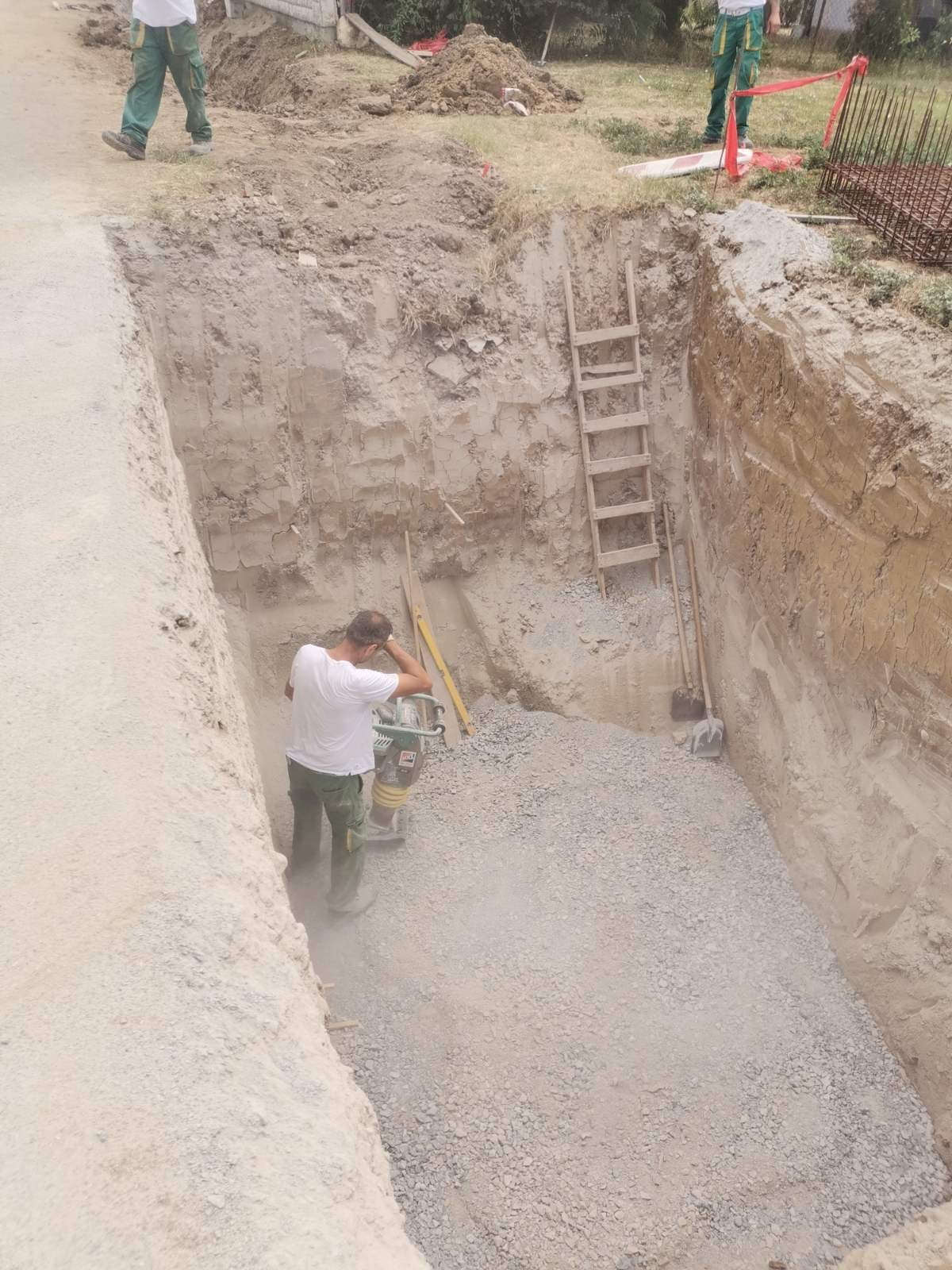 Slika 5: Radovi na kanalizacijskoj mreži i crpnoj stanici u Trenkovu, radove izvodi – Promet Građenje d.o.o. Požega